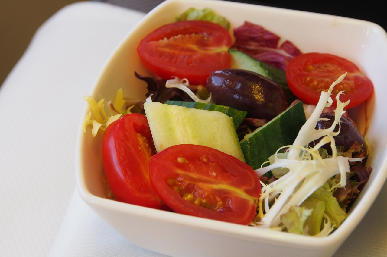 橄欖鮮菜沙律 mixed salad with kalamata olive