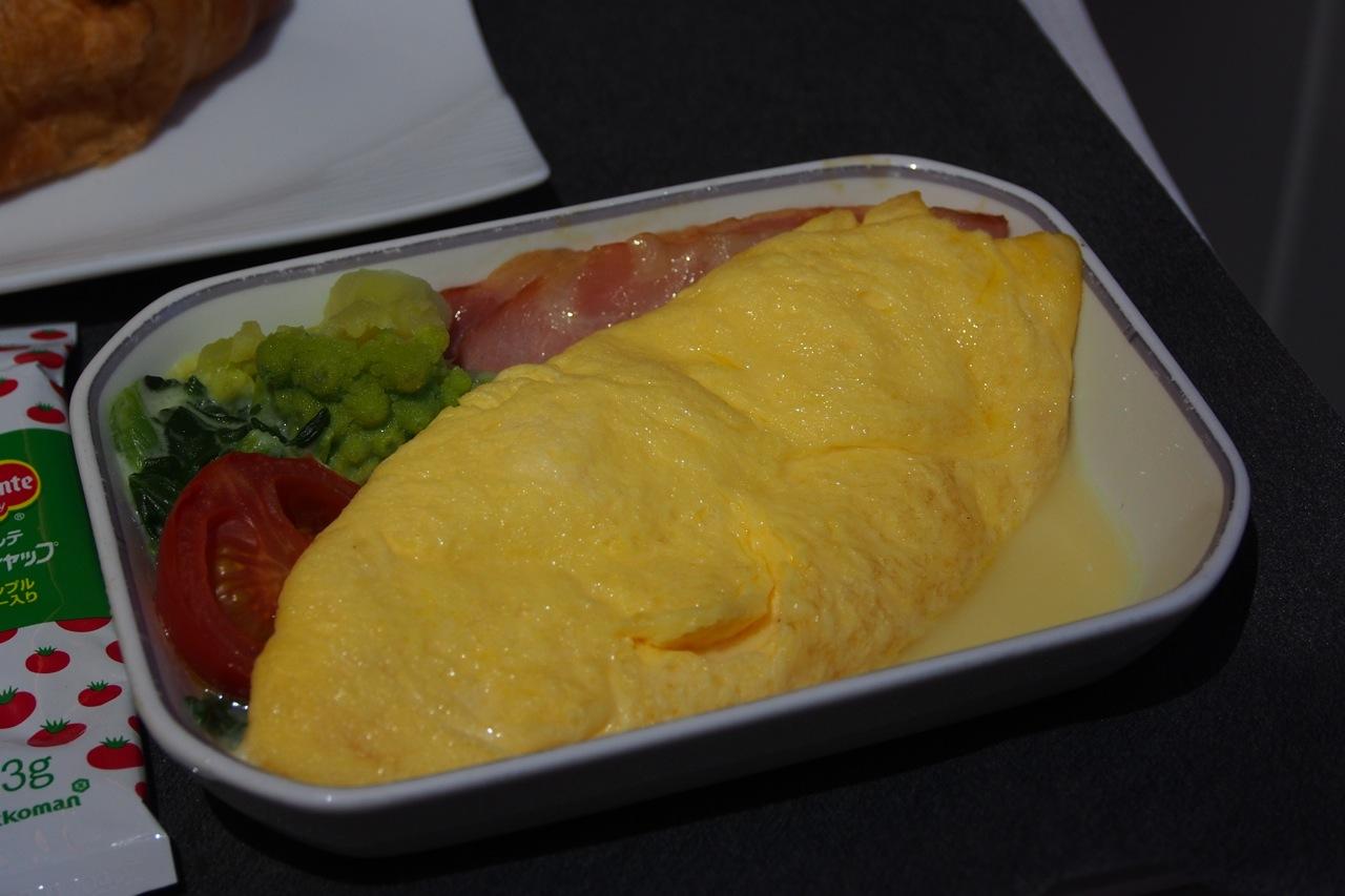 朝霧高原卵のプレーンオムレツ Plain Omelette