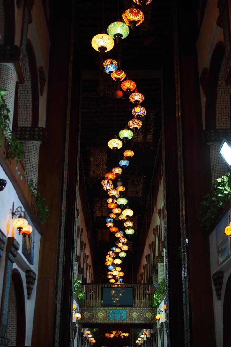 Art Center 內的燈