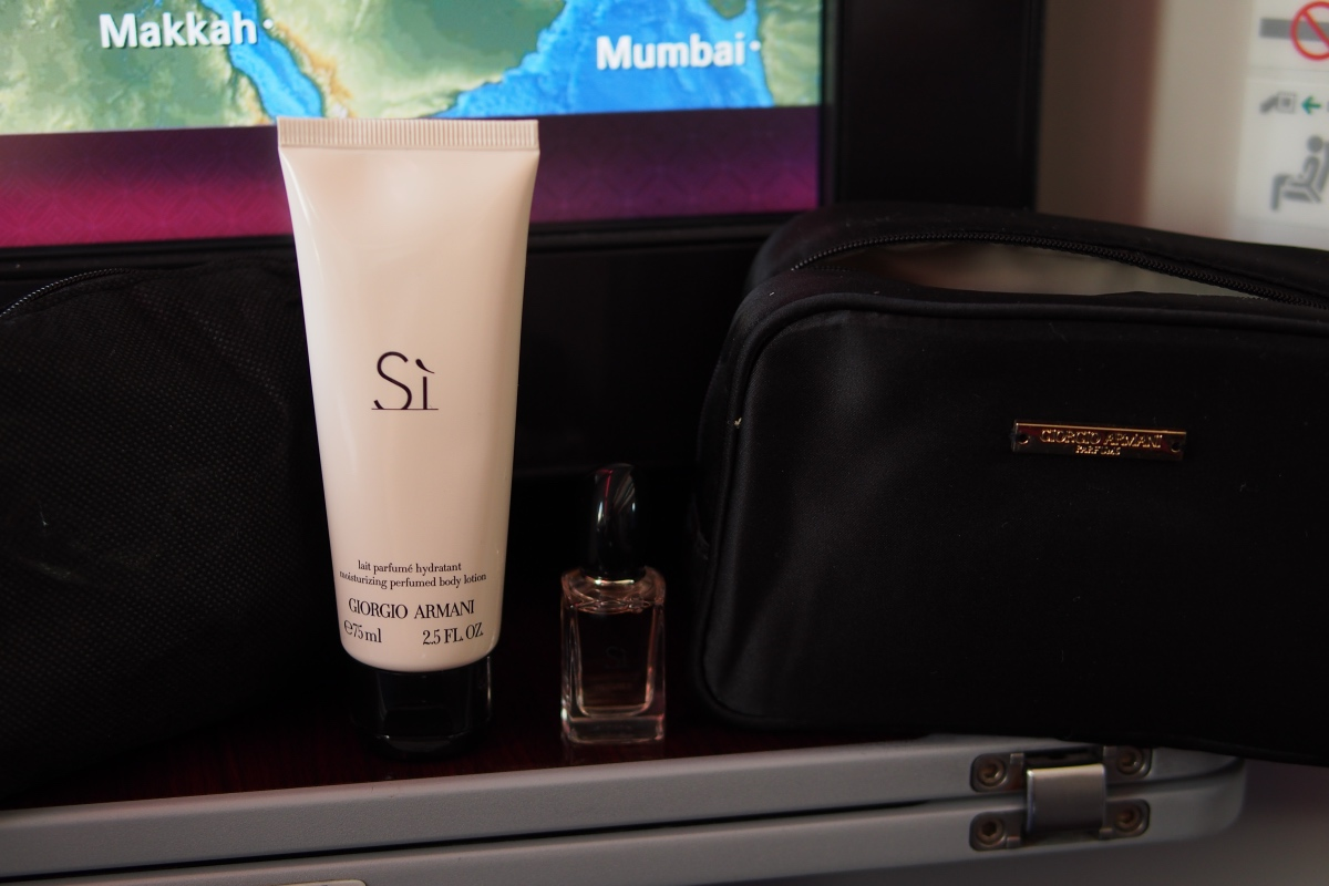 Amenity Kit 內的 Body lotion 和 香水
