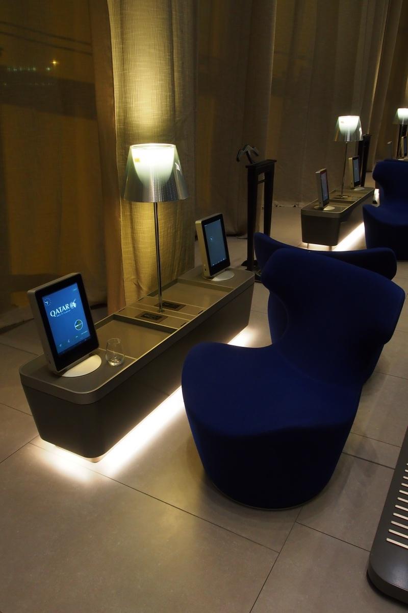 其中一款座椅,屏幕可顯示航班資訊